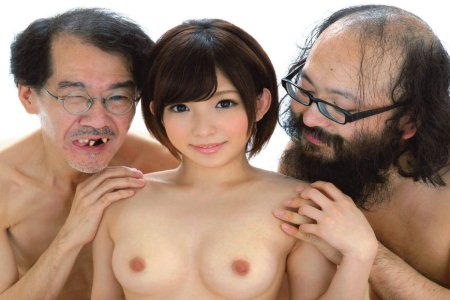 Ugly Japanese men surround naked AV star