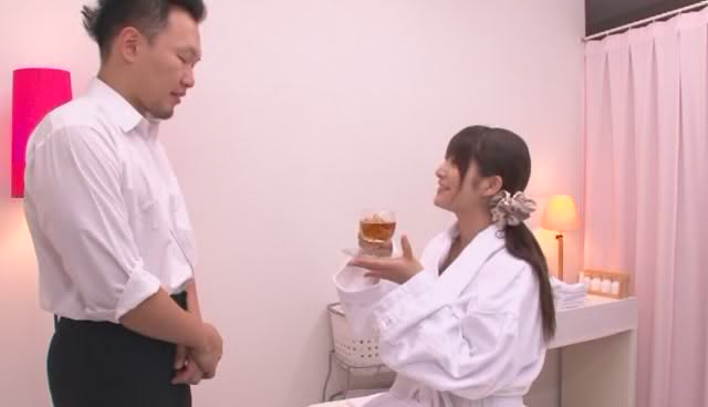 Genjin Moribayashi with AV actress